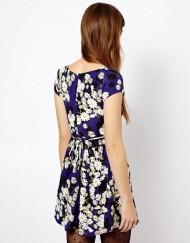 Lovely Little Daisy Prints Pleated Short Sleeves Dress