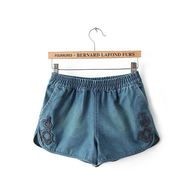 Embroidery Shorts Elastic Waist Trousers with Pockets