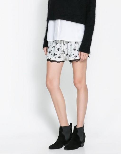 Black Flower Prints Lace Shorts Trousers Pants -