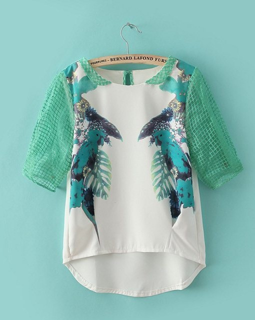 Parrots Printed Contrast Color Blouse O-neck Shirt with One Button on Back