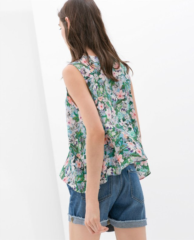 Floral Printed O-Neck Sleeveless T-shirt Casual Tops with Button on Back