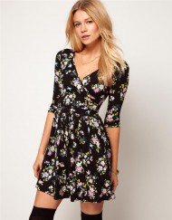 Little Floral Prints V-neck Pleated Dress
